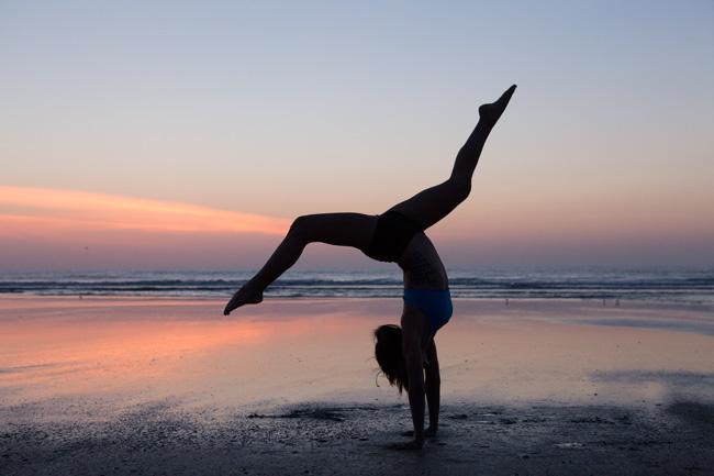 Pin it! Should I set a yoga pose goal?