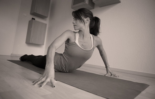 Pin it! How to strengthen your hands in the yoga practice.
