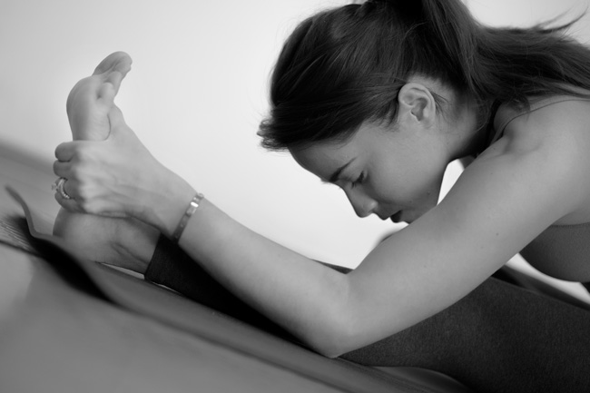 Pin it! Full body power flow yoga video.