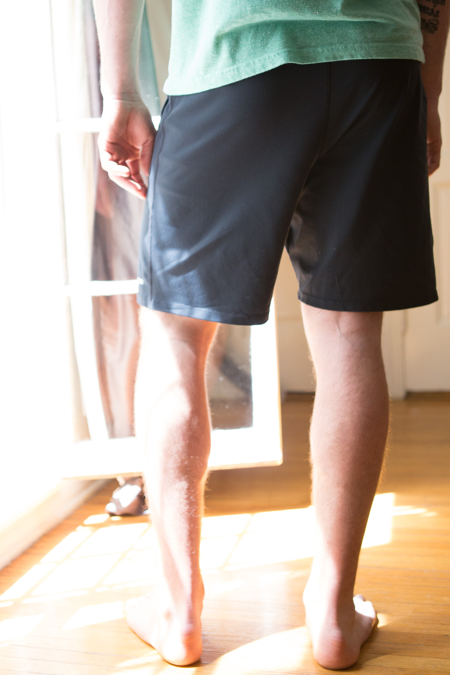 you can see how the shorts stretch here.