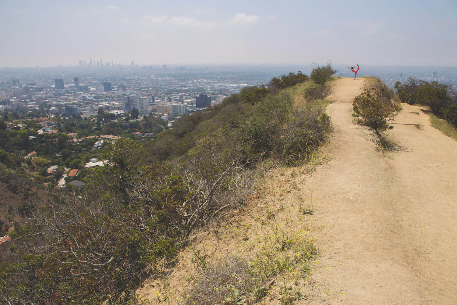 Yoga in Runyon Canyon, Los Angeles