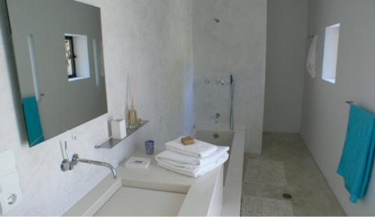 Bathroom of our Zen Suite