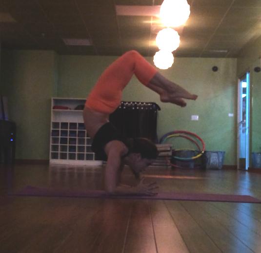 Arm balance after arm workout - bad idea  Wearing: lululemon leggings,  american rag tank .
