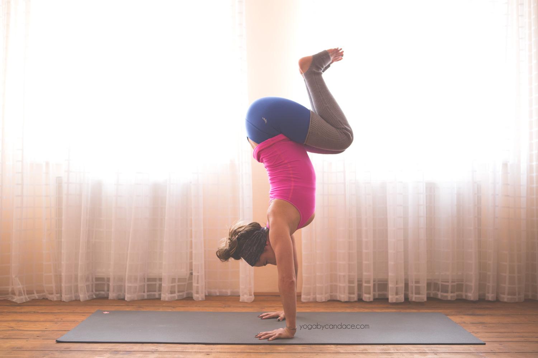 handstand1.jpg