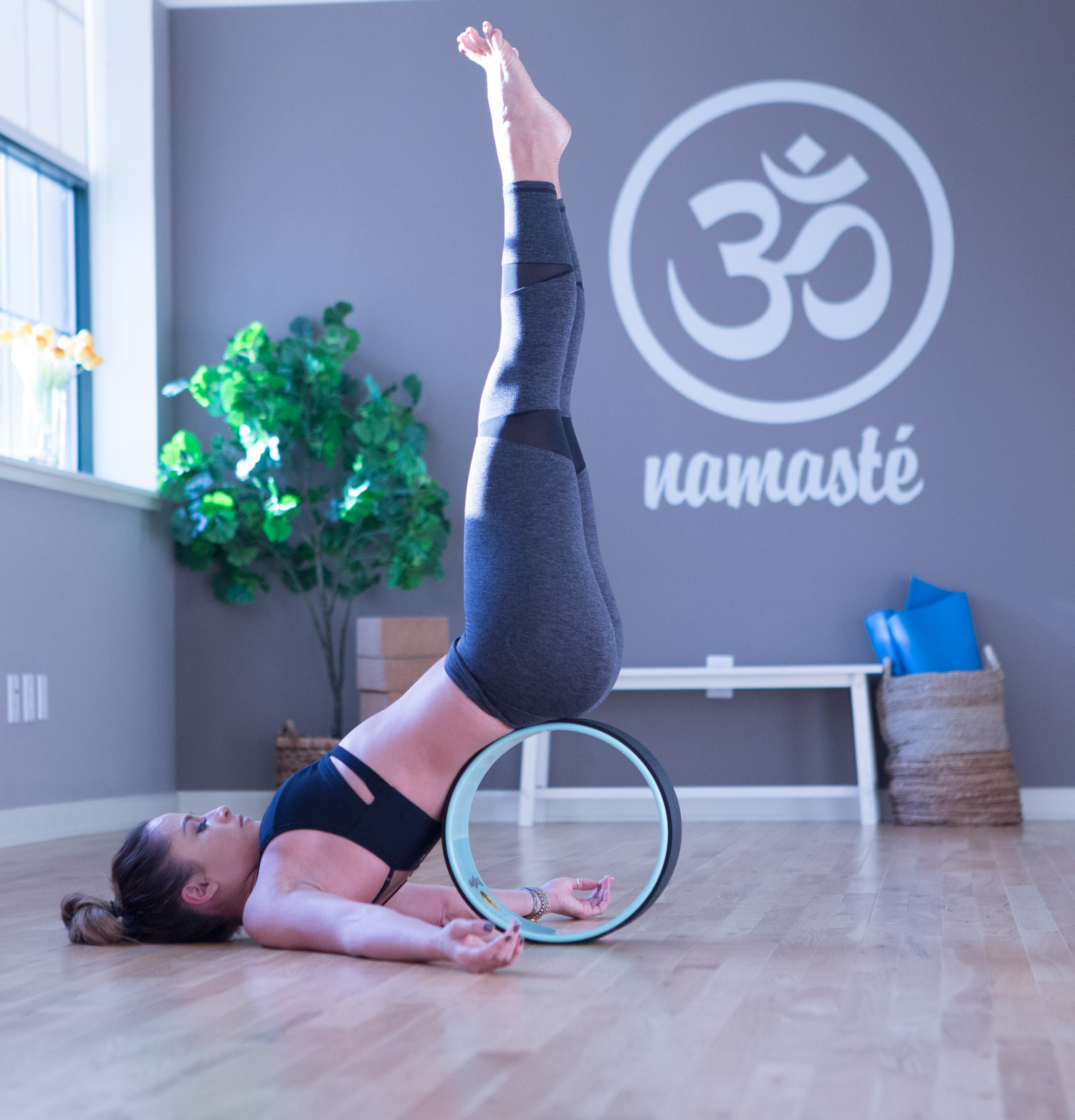 3 Ways to use a yoga wheel  Wearing: Lanston pants ( similar style ) and bra ( similar style ) c/o.  Using Yoga Wheel .