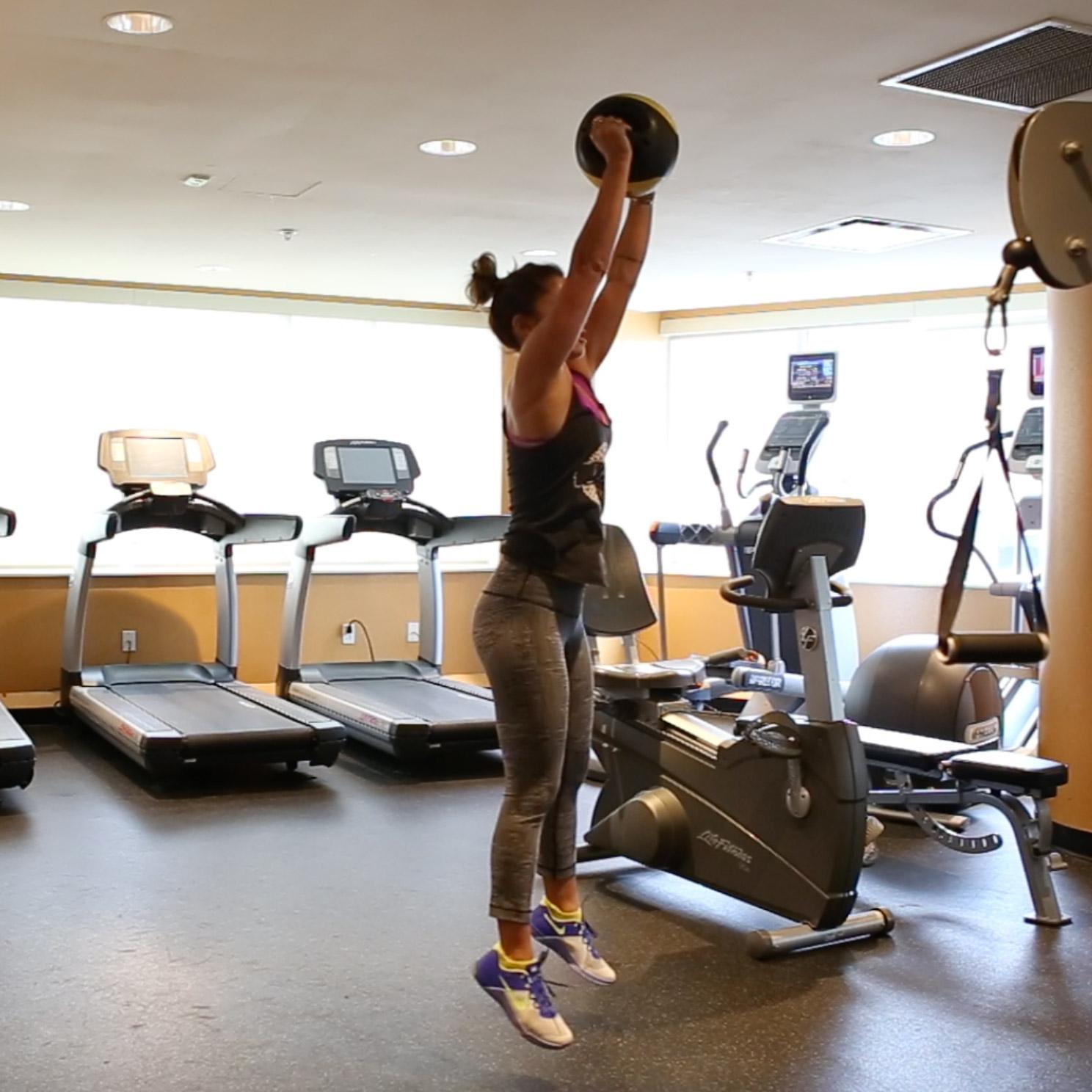 4 minute hiit workout  Wearing:  nike metcons ,  compression socks ,  lululemon pants , YBC tank