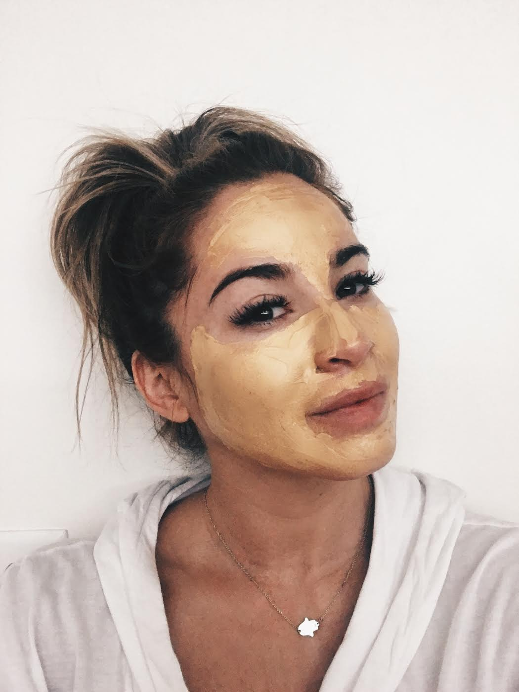 Agora Cosmetics Anti Aging Mask