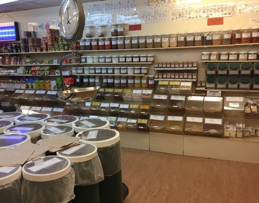 Shopping the bulk section