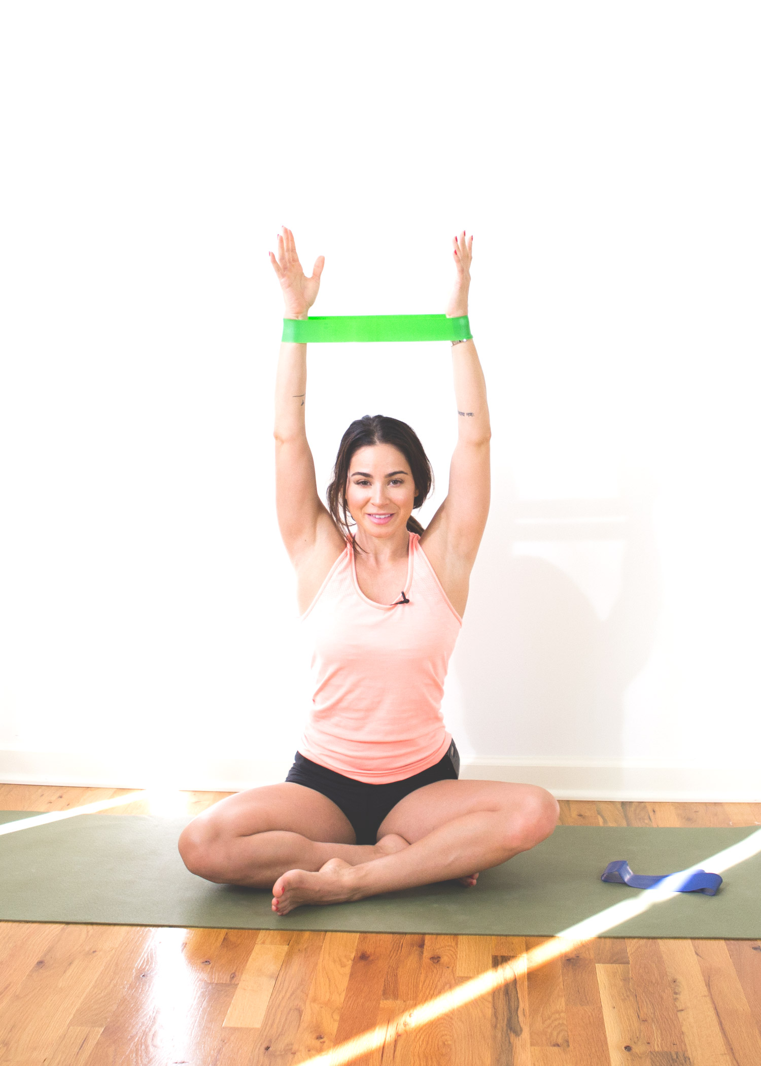 5 Ways to Use Resistance Bands for Yoga — YOGABYCANDACE