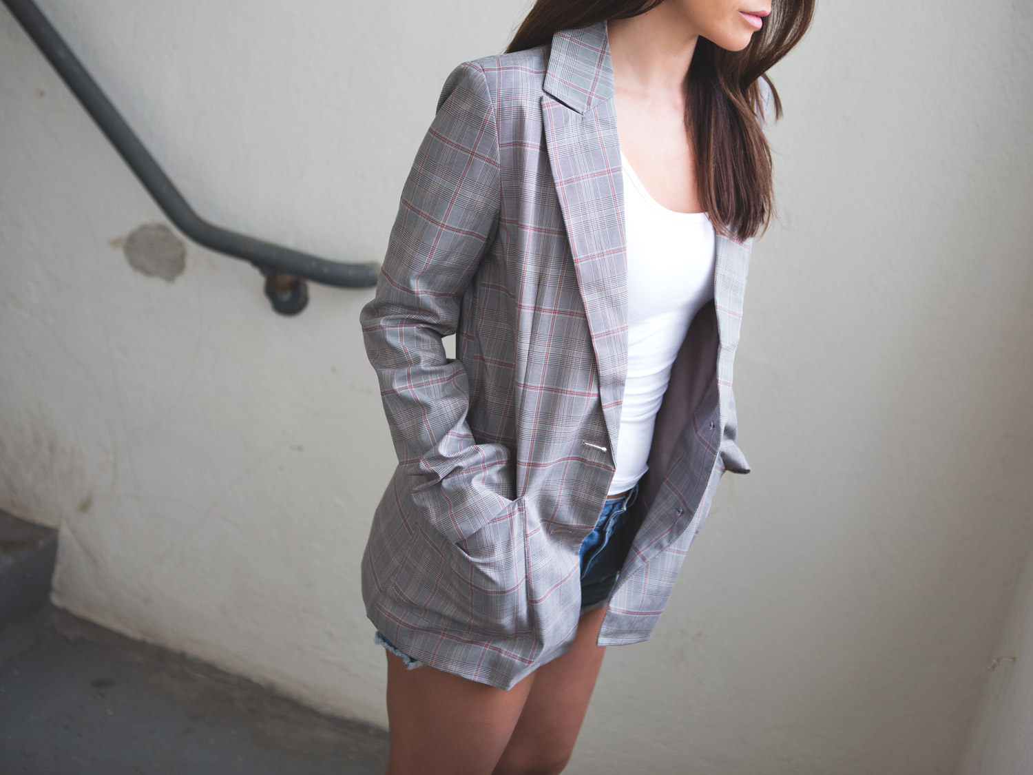 Plaid blazer look