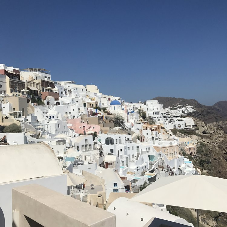 The city of Oia