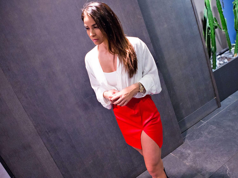 The little red skirt