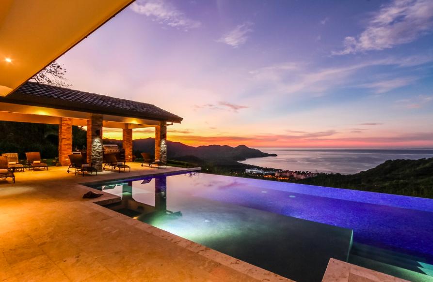 costa-rica-luxury-retreat.png