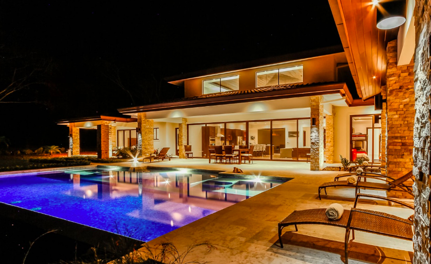 best-luxury-yoga-retreat-costa-rica.png