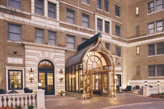 The-Raphael-Hotel-Entrance
