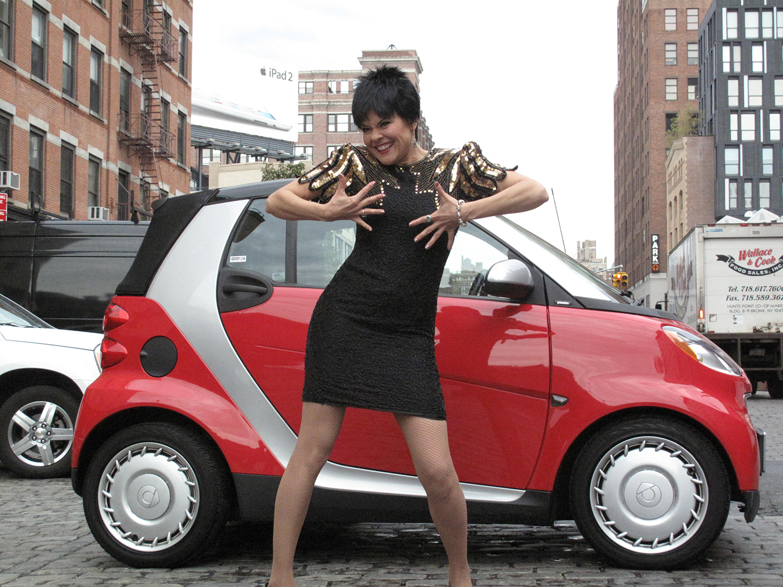 Liza Minnelli loves her Smart Car.
