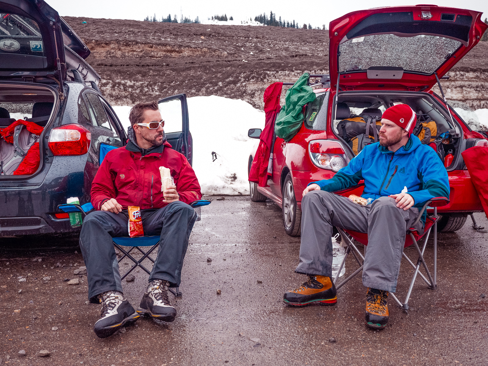 Leaders Matt Palubinskas and Adam Hollinger roughing it in the parking lot at Snoqualmie Pass, WA.