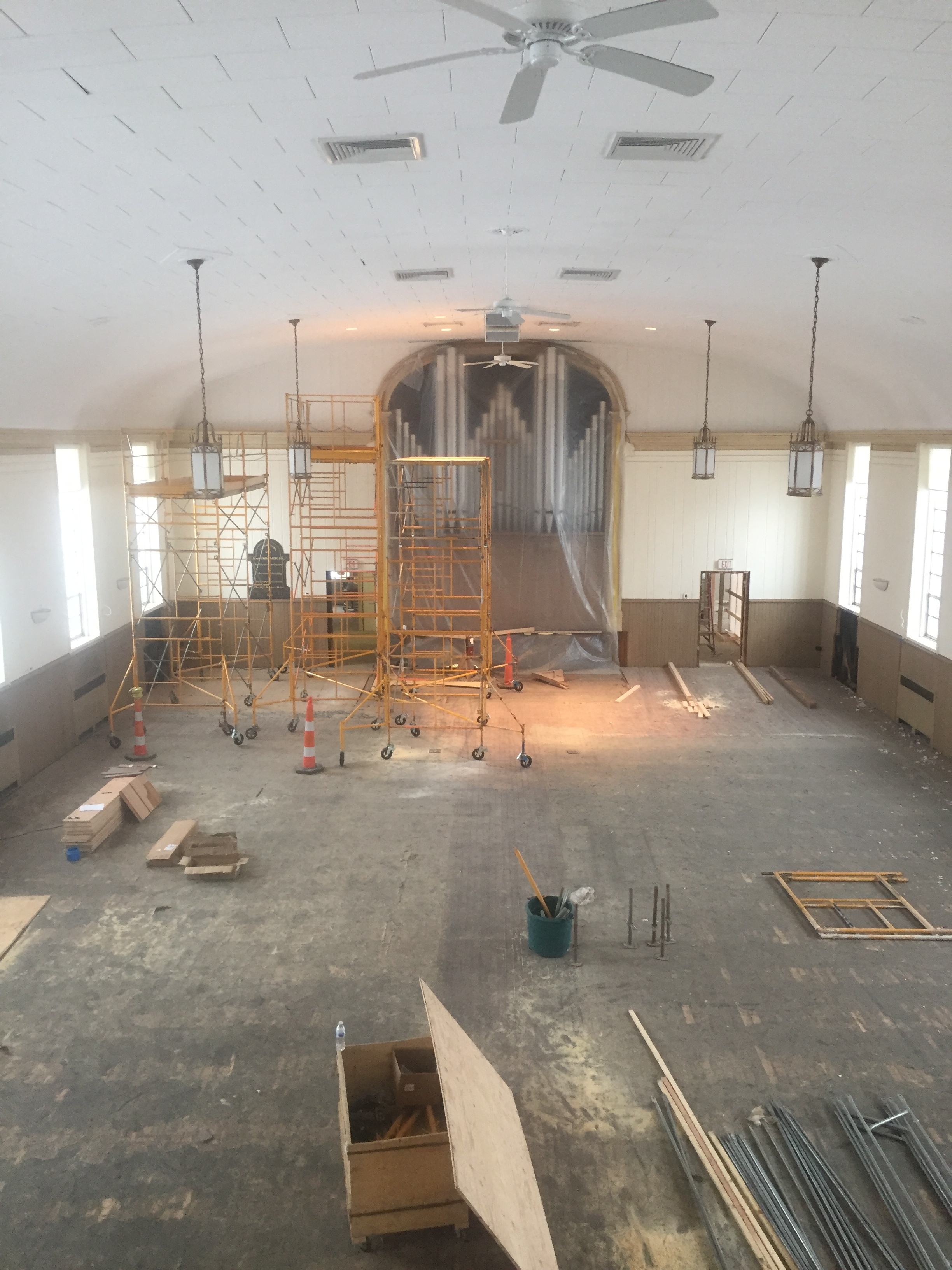 The latest look in the sanctuary!