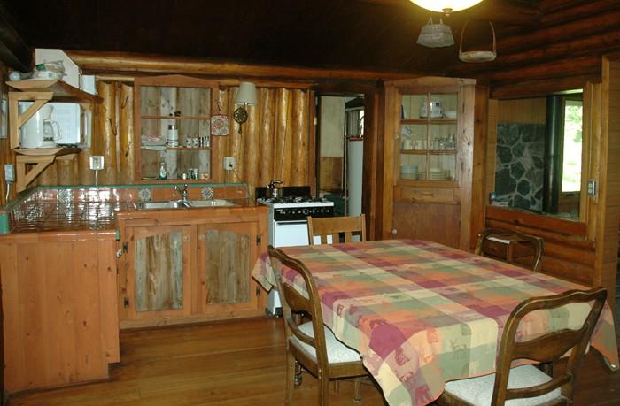 Tam kitchen.jpg