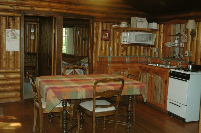 Tam kitchen2.jpg