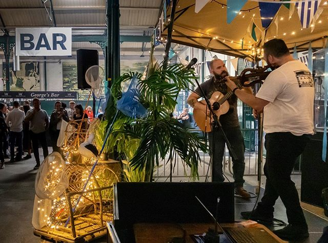 StringNinjas gave it a good lash at the Twighlight Market in St. George's Market last night! . . . #belfast #northernireland #music #guitar #culture #art #musicjunkie #musicians #perform #strings #instamusic #instapop #instarock #pop #rock #rocknroll #rockmusic #adobe #lightroommobile #stringninjas