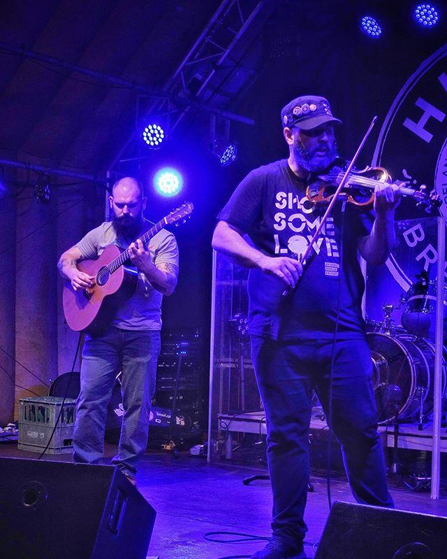 String Ninja-ing at Hilden Beer Festival . . . #belfast #northernireland #lisburn #snapseed #music #guitar #culture #art #musicjunkie #musicians #perform #strings #instamusic #instapop #instarock #pop #rock #rocknroll #rockmusic #sony #sonyrx100 #lightroom #lightroommobile #adobe #stringninjas
