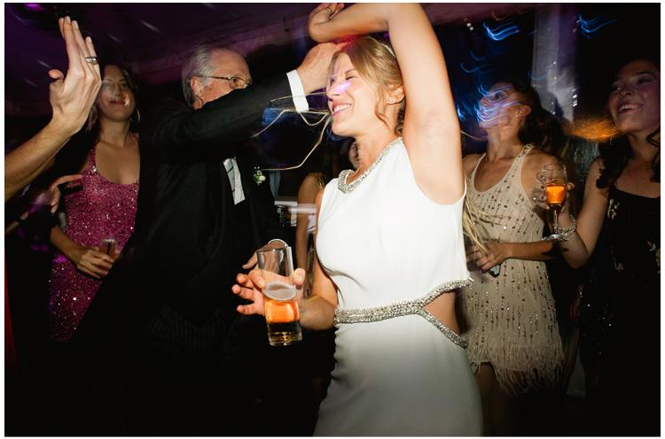 fotos de la fiesta en una boda (23).jpg