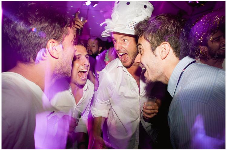fotos de la fiesta en una boda (35).jpg