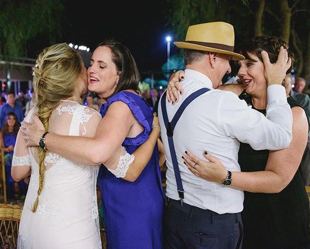 En un rato me voy de boda ❤️ pero antes les comparto unos lindos momentos del sábado pasado ❤️ . . . . . . #bodas #bodas2018 #bodasdiferentes #bodasoriginales #bodasconencanto #weddingseason #weddings