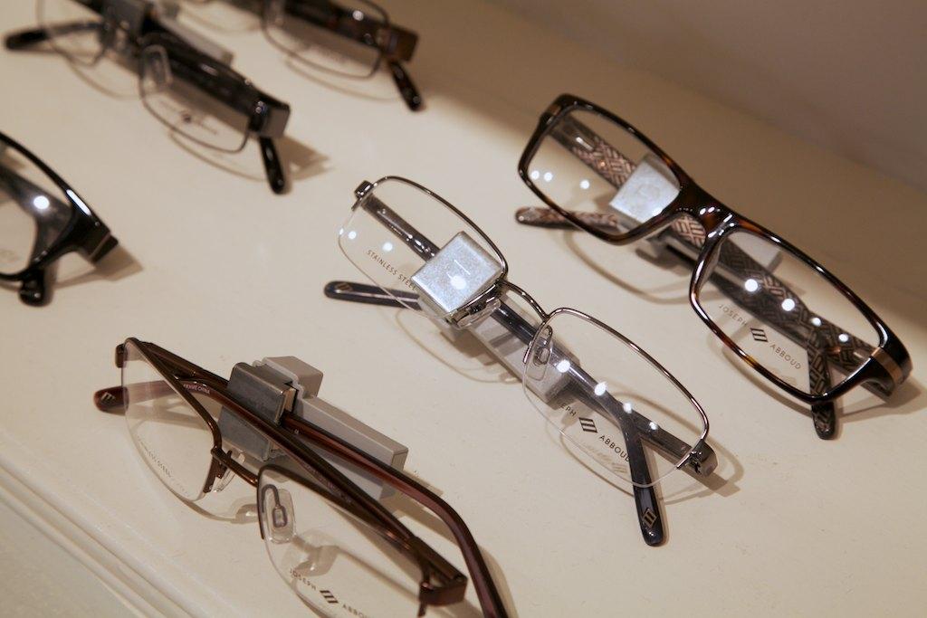 Joeseph_Abboud_2012_frames.jpg