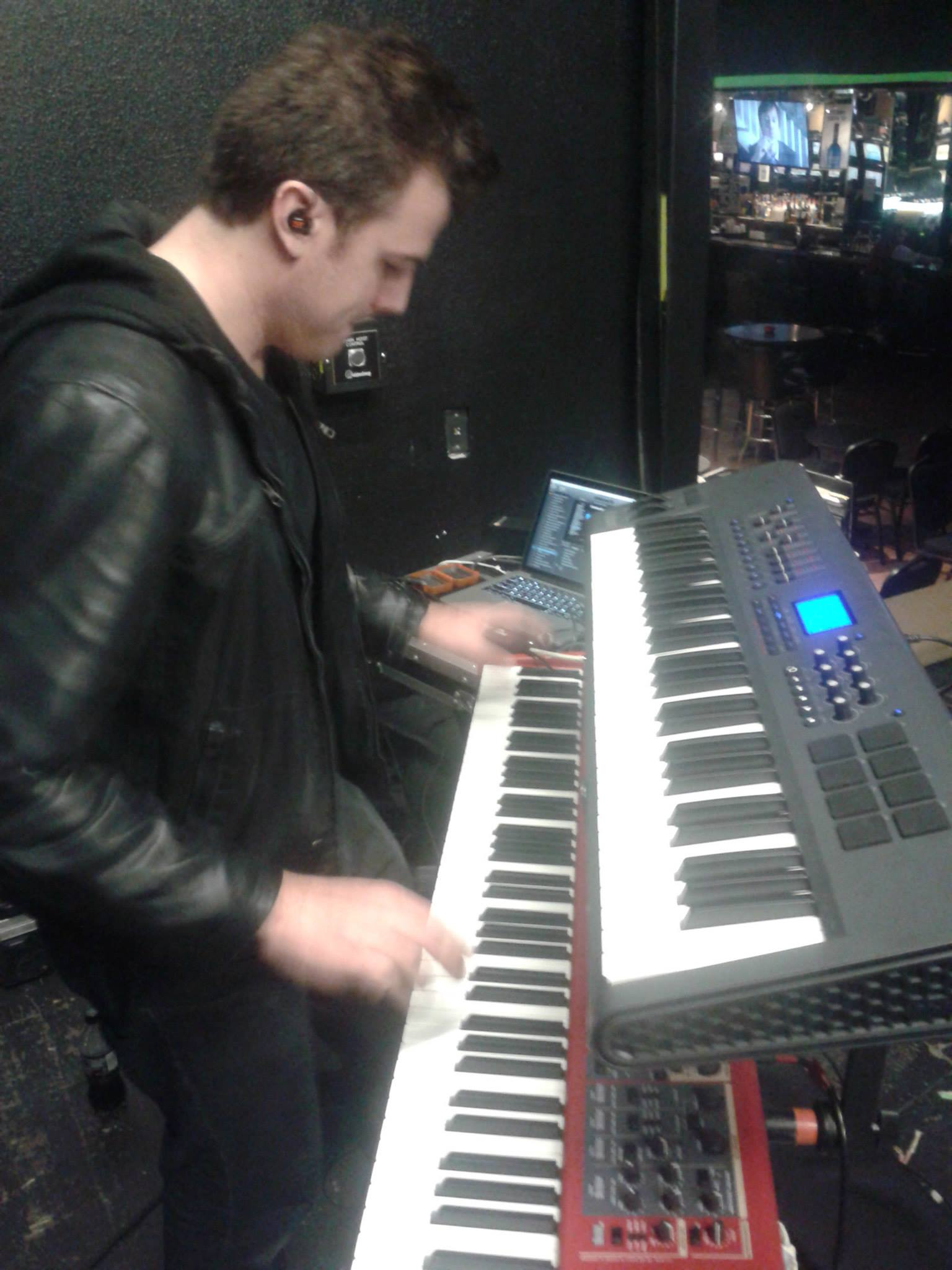 Mainstage Mondays: Creating a Hardware/Software Keyboard Rig — Eric