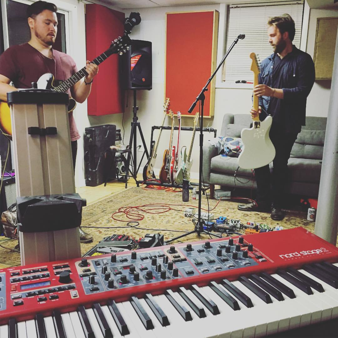 A rehearsal last week with Nashville-based alt rock artist J. Marco. Sometimes I just use hardware when there's an emphasis on simple, basic keyboard sounds.
