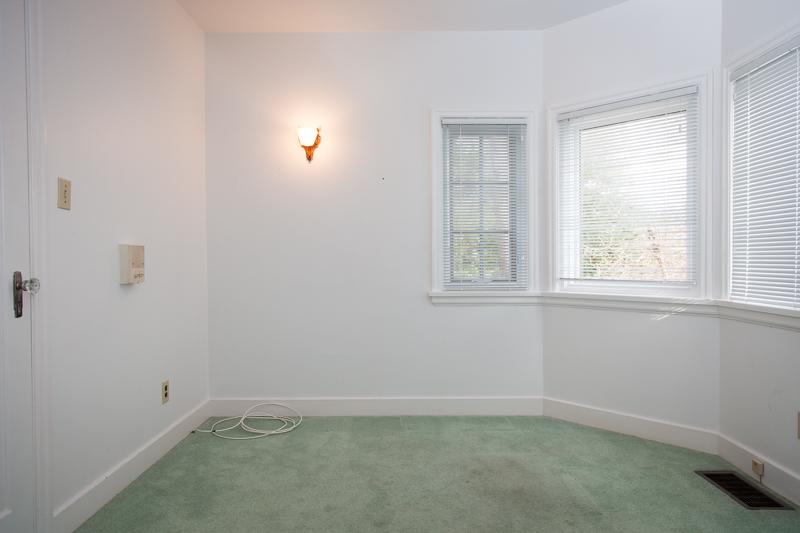 Main Floor Guest Room