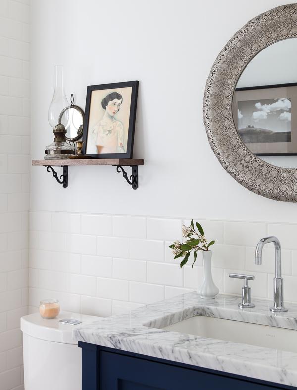white + navy bathroom: thehousediaries.com