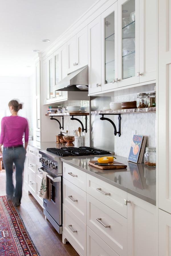 kitchen: thehousediaries.com