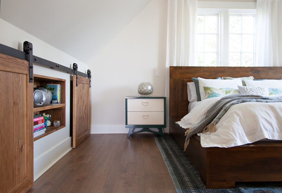 Master Bedroom: Knee Wall Storage
