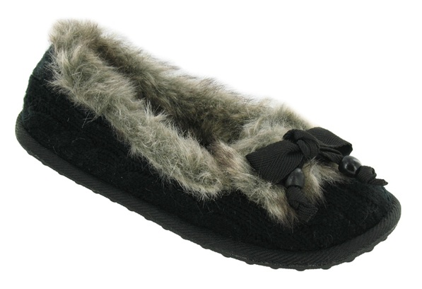 knit slippers in black with rubber sole, cute bow, and faux fur.