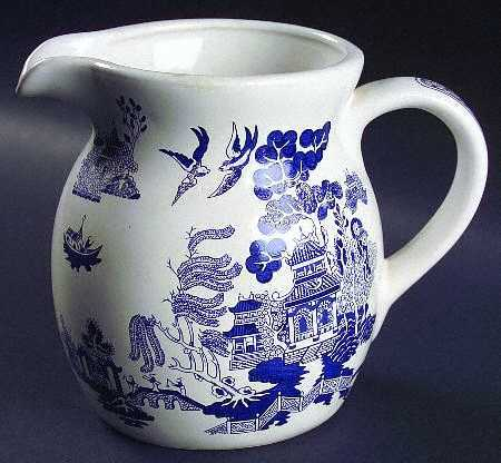 42 Oz Pitcher in the Blue Willow pattern by Heritage Mint. information and registration at  Replacements LTD .