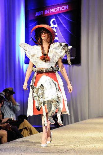 The whole outfit is made from paper. Isn't it amazing?