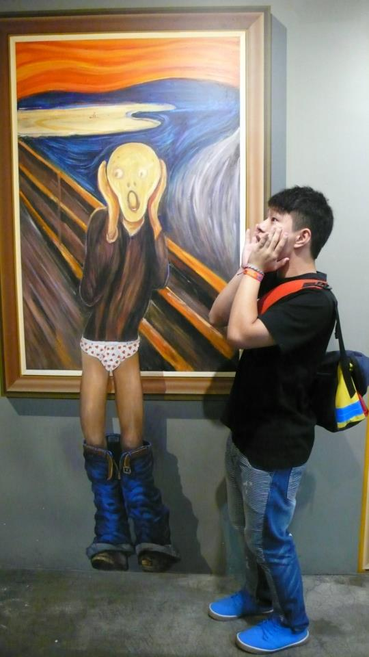 Photo Source: Chunyin Jonathan Chan © Jonathan is sharing a shocked moment.  .