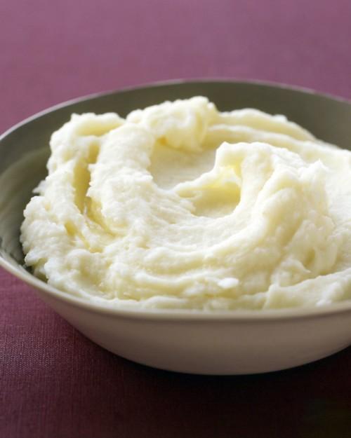 Fluffy, creamy, whipped mashed potatoes.