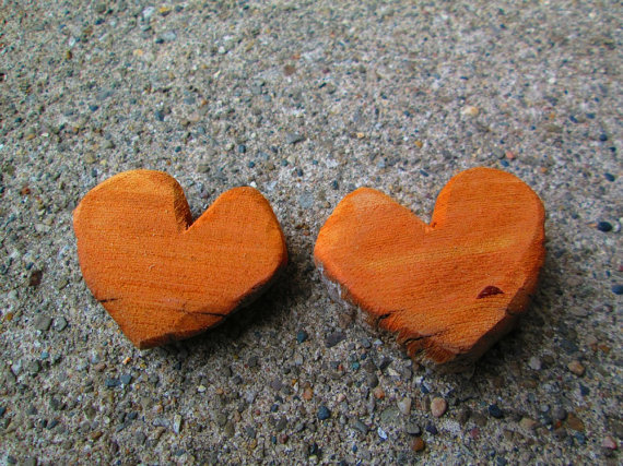 2 Chunky Rustic Driftwood Red Bark Hearts Lake Michigan Supplies --  TINKER'S ATTIC .