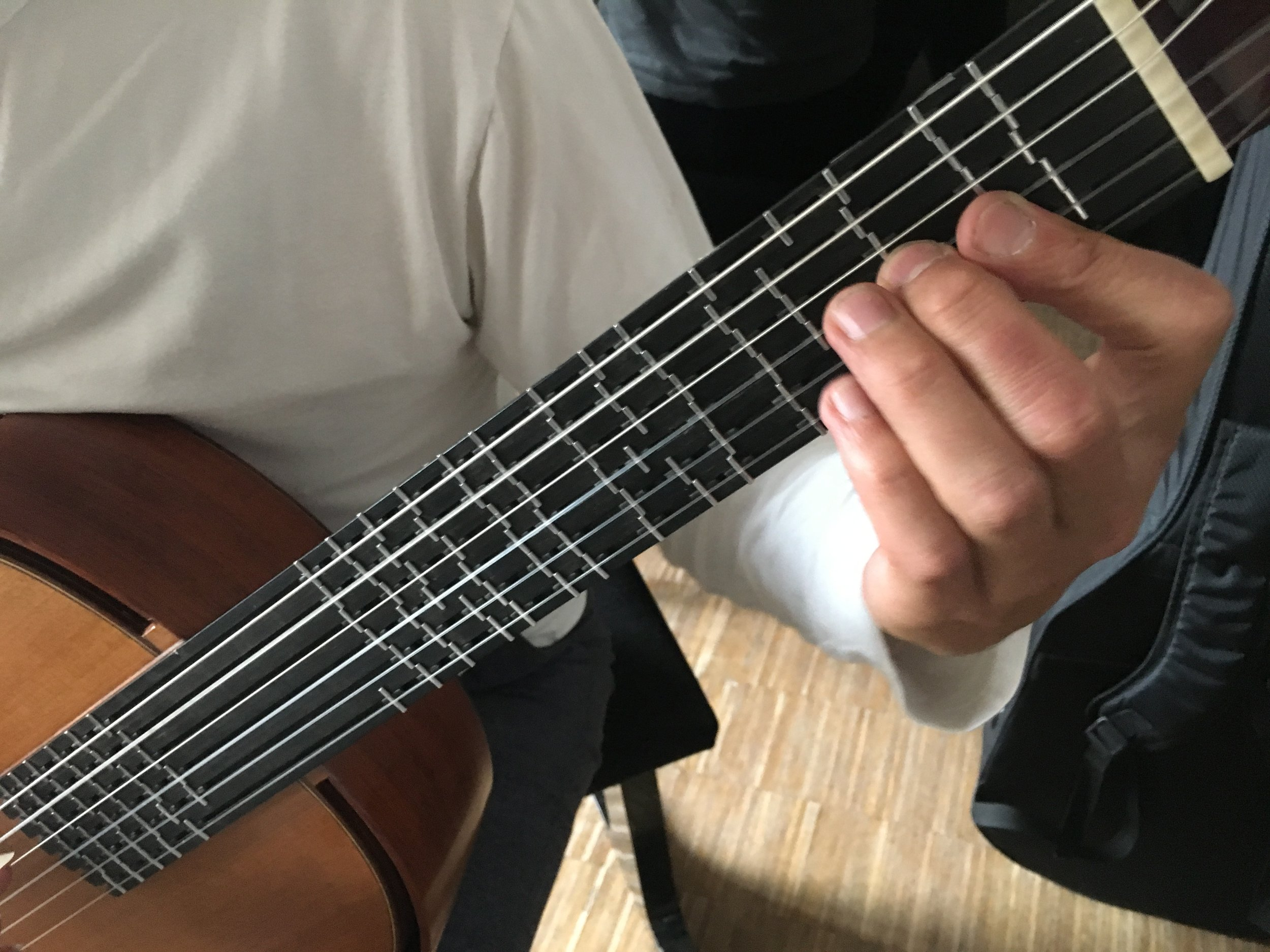 "Workshop Mikrotonalität bei ""GuitarPlus"" Würzburg"