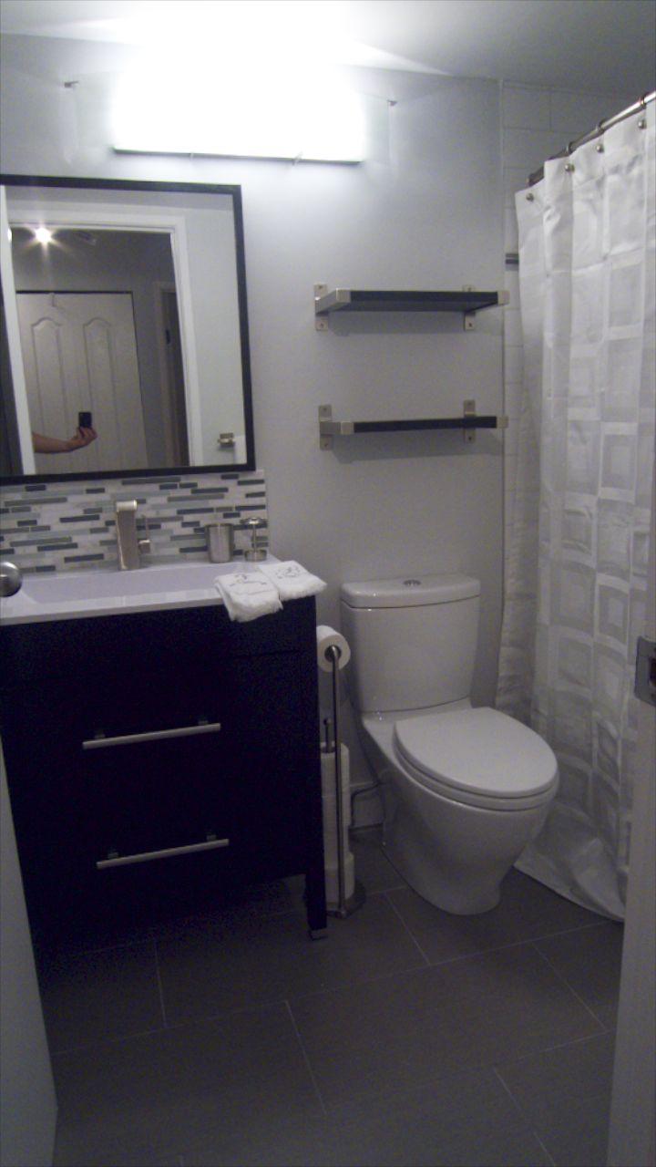 Bathroom  26260.jpg