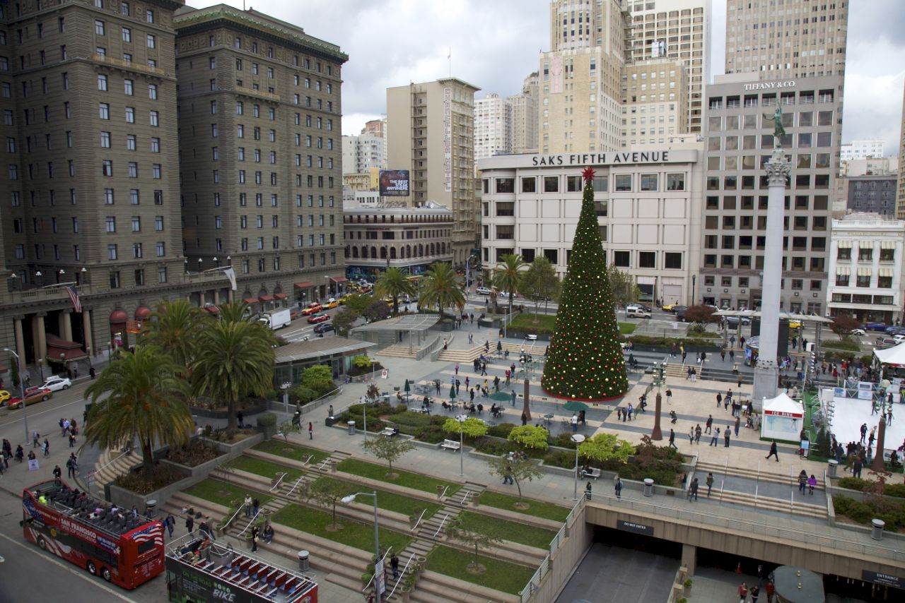 The view of Union Square from the restaurant at lunch.