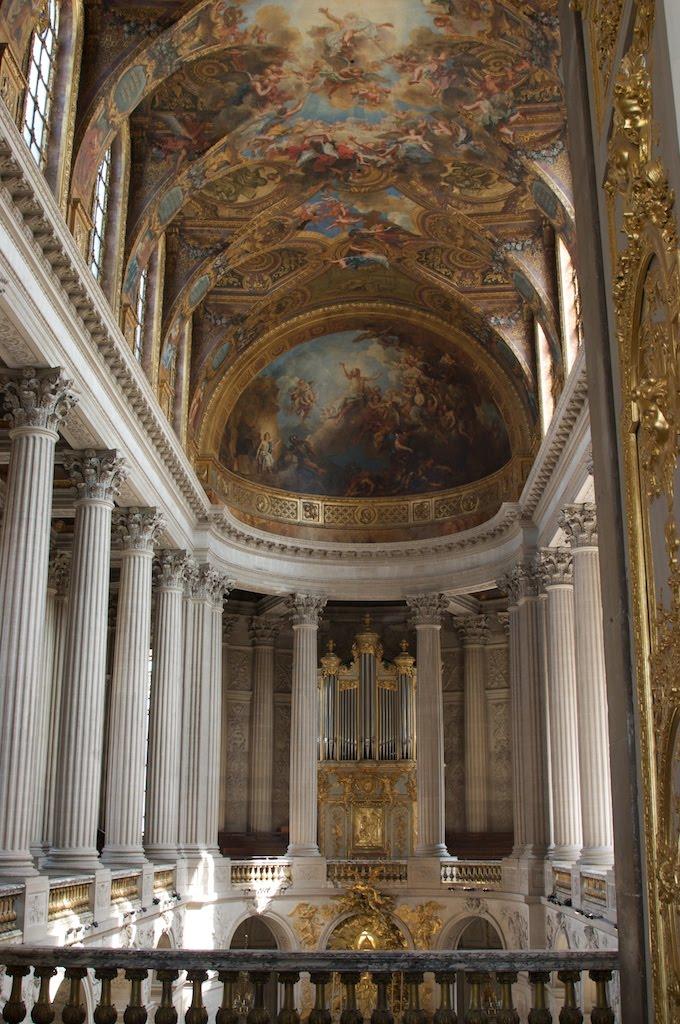 08Paris_chateau_versailles_chapel.jpg