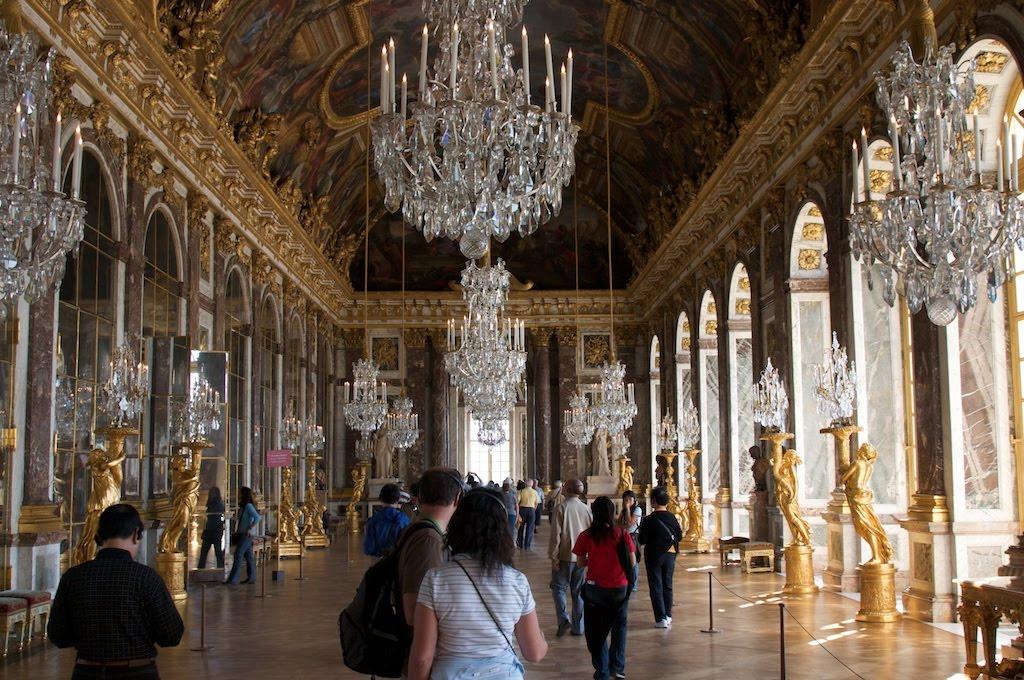 08Paris_chateau_versailles_hall.jpg