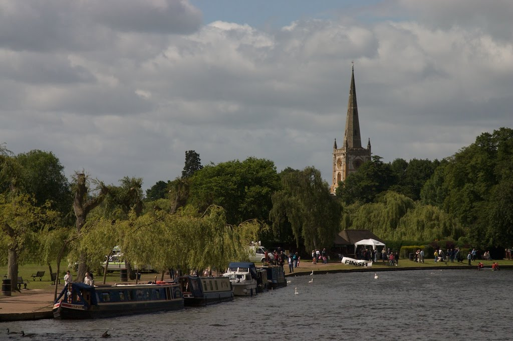 The River Avon and Holy Trinity