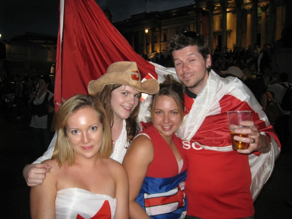 08London_canada_day_kj_girls.jpg