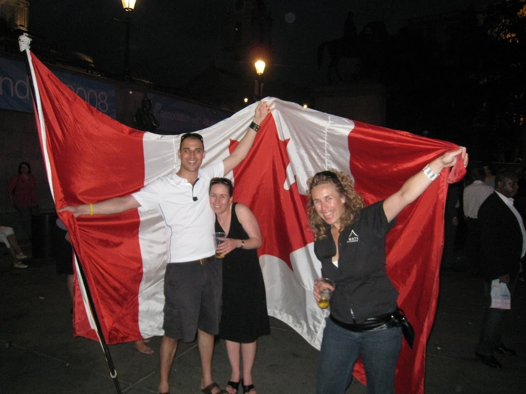08London_canada_day_joe_girls.jpg